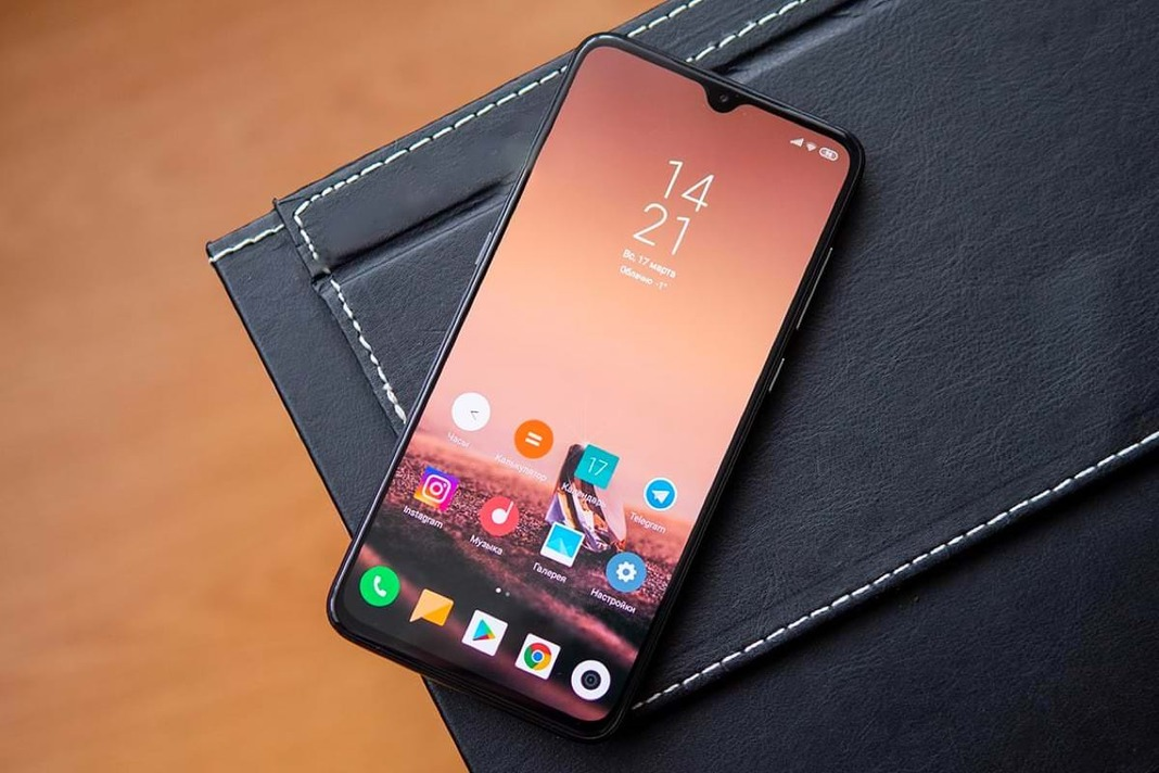 Xiaomi выпустила дешевый смартфон с NFC